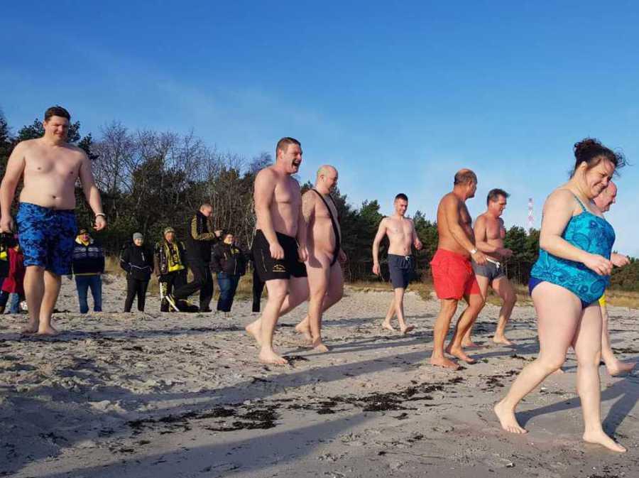 Anbaden auf Rügen im Januar